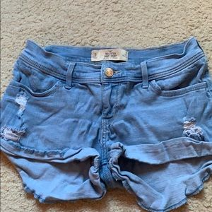 light colored hollister shorts